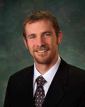 Dr. Nathan Tracey, Family Medicine